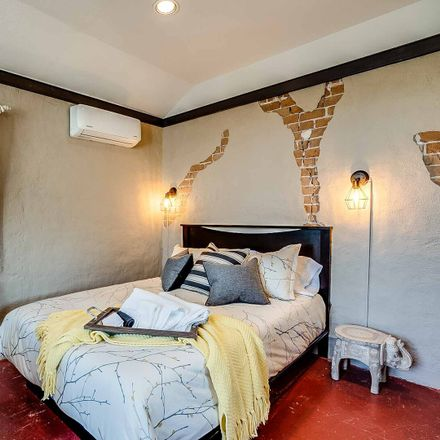 Rent this 1 bed apartment on 74 West Encanto Boulevard in Phoenix, AZ 85003-1135