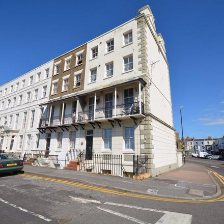 Rent this 2 bed apartment on Genting Casino in Fort Crescent, Margate CT9 1JA