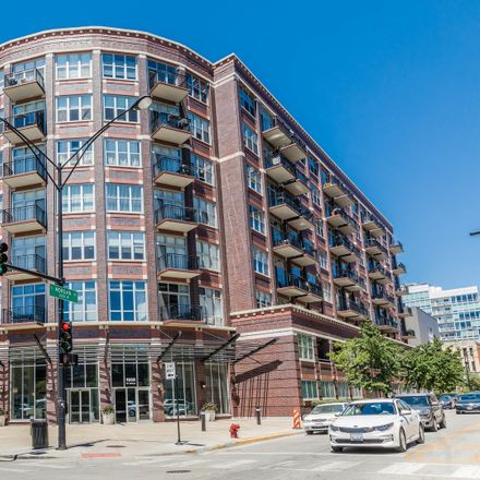 Rent this 2 bed condo on West Adams Street in Chicago, IL 60607