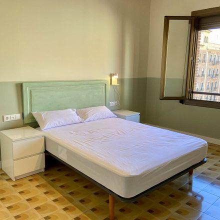 Rent this 4 bed room on Plaça de Corsini in 11, 43001 Tarragona