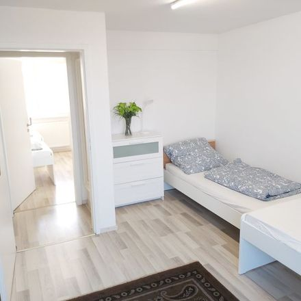 Rent this 7 bed apartment on Karl-Klee-Weg 24 in 60488 Frankfurt, Germany