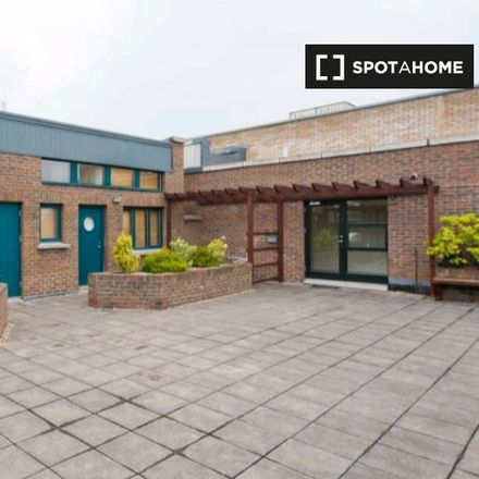 Rent this 1 bed apartment on 10 Henrietta Street in Inns Quay C ED, Dublin