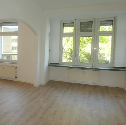 Rent this 3 bed apartment on 47249