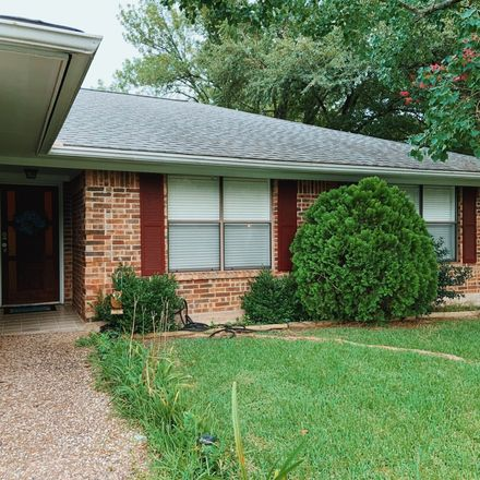Rent this 1 bed room on 2845 Henry Court in College Station, TX 77845