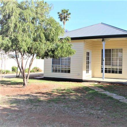 Rent this 3 bed house on 1/10 Ashton Street