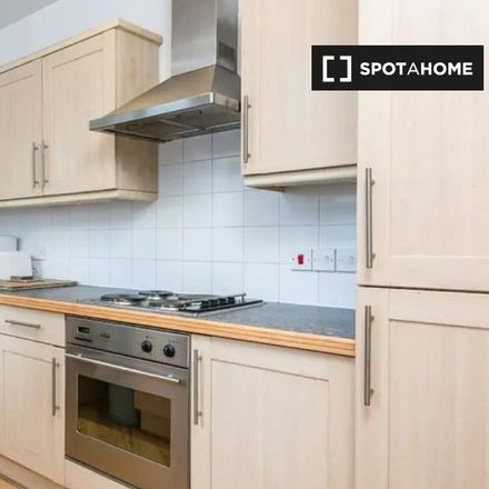 Rent this 1 bed apartment on Tracks & Records in Middlesex Street, London E1 7JH
