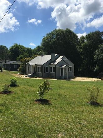 Rent this 3 bed house on Brookfield Dr in Seneca, SC