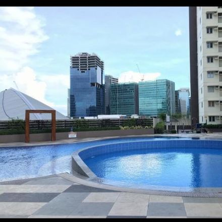 Rent this 2 bed condo on 40th Street in Taguig, 1634