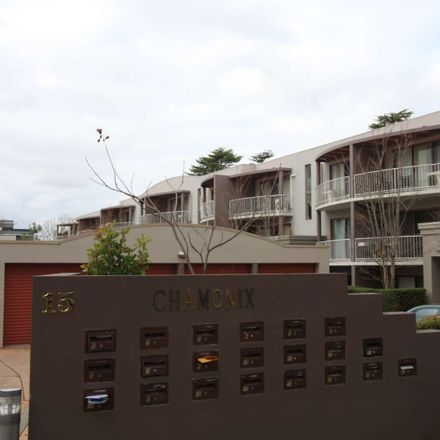 Rent this 2 bed apartment on 11/15 Howitt Street