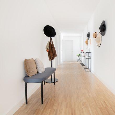Rent this 3 bed apartment on Kindertagesstätte Gadamerplatz in Da-Vinci-Straße 2, 69115 Heidelberg