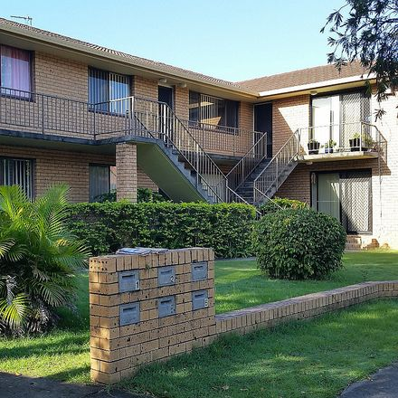 Rent this 2 bed house on 2/3 Rope Court