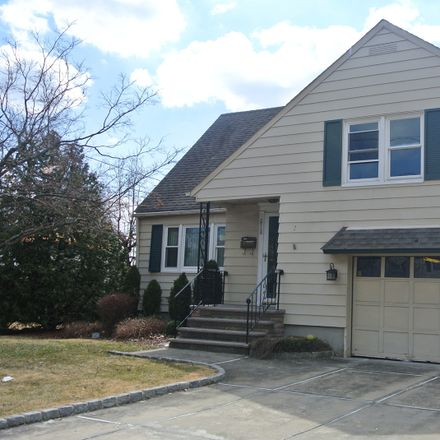 Rent this 3 bed house on Union Ter in Union, NJ