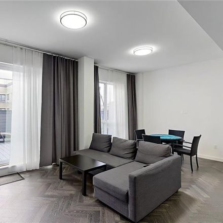Rent this 3 bed condo on W 4th St in Brooklyn, NY