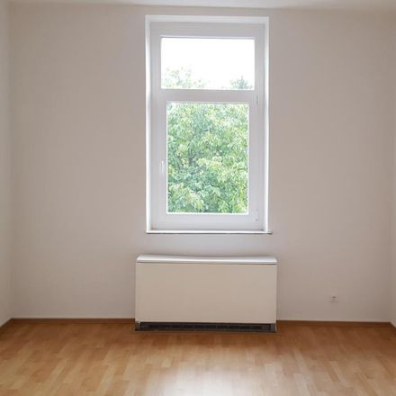 Rent this 2 bed apartment on Zugstraße 22 in 45357 Essen, Germany