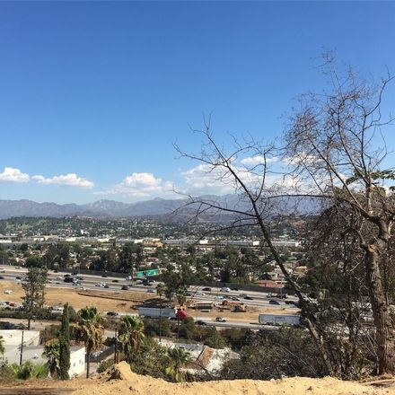 Rent this 0 bed apartment on Sunflower Ave in Los Angeles, CA