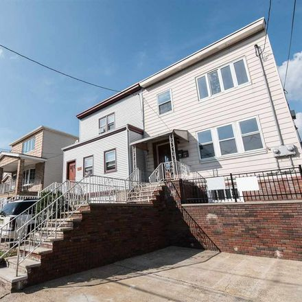 Rent this 3 bed apartment on 19 West 53rd Street in Bayonne, NJ 07002
