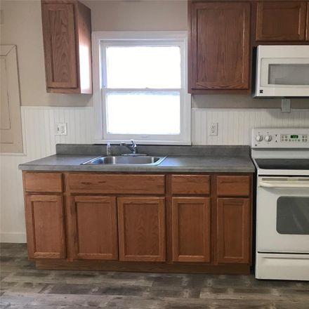 Rent this 2 bed house on Reasor Dr in Saint Louis, MO