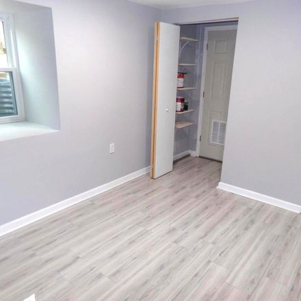 Rent this 1 bed house on 2018 6th Street South in Arlington, VA 22204