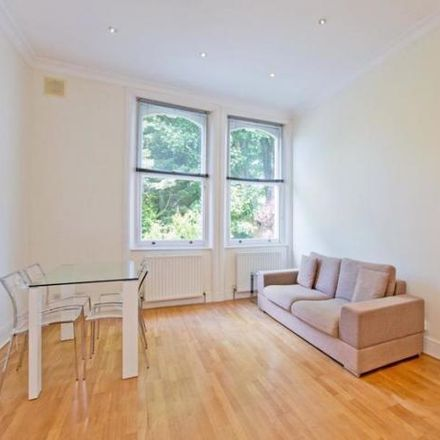 Rent this 2 bed apartment on Belsize Avenue in London NW3 4BL, United Kingdom