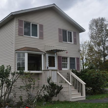 Rent this 3 bed house on 275 Golf Hill Road in Honesdale, PA 18431