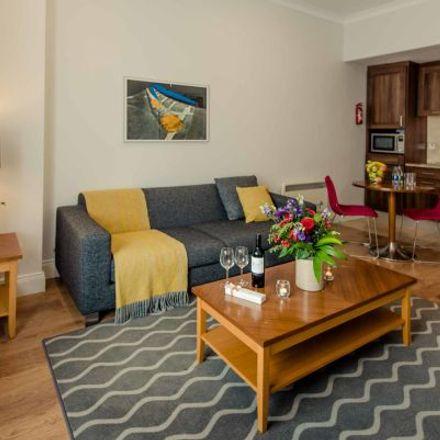 Rent this 3 bed apartment on #786 Leeson Street in Earlsfort Terrace, Leeson Walk