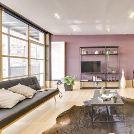 Rent this 3 bed apartment on Avenue de la Couronne - Kroonlaan 304 in 1050 Ixelles - Elsene, Belgium