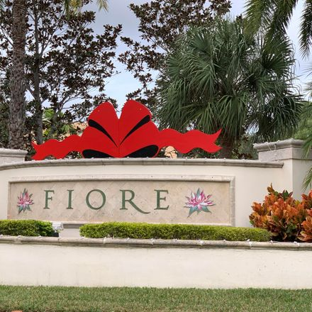 Rent this 3 bed condo on Myrtlewood Circle East in Palm Beach Gardens, FL 33418