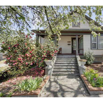 Rent this 7 bed house on 3024 Southeast 8th Avenue in Portland, OR 97202