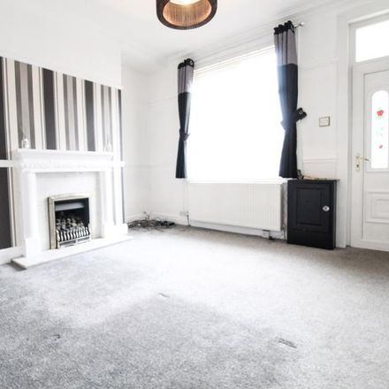 Rent this 3 bed house on 19 Grove Street in Stockport SK7 4JW, United Kingdom