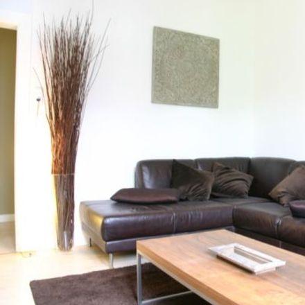 Rent this 3 bed apartment on Kriegkstraße 33 in 60326 Frankfurt, Germany