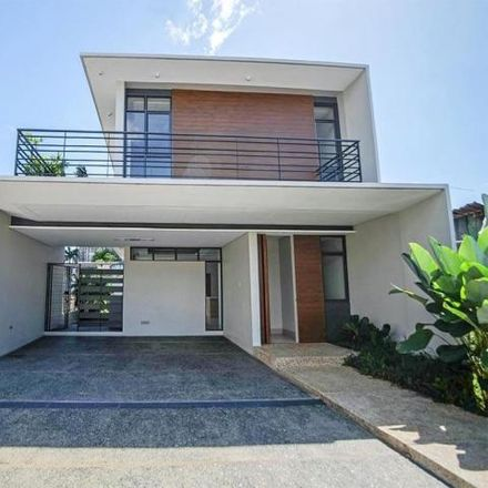 Rent this 3 bed house on Conglomerate Road in Parañaque, 1700