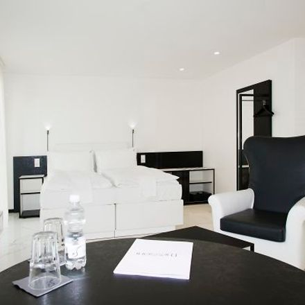 Rent this 1 bed apartment on Thessoni home in Eichwatt 19, 8105 Regensdorf