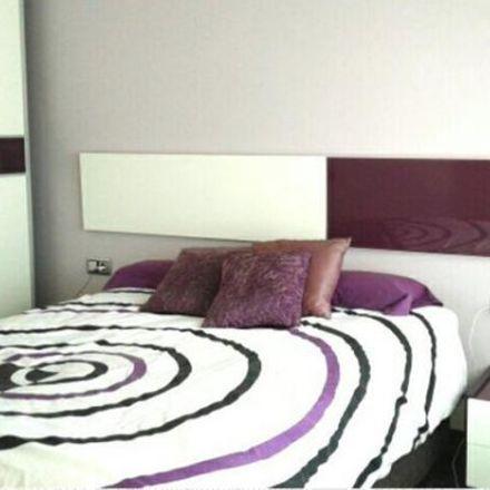 Rent this 3 bed room on Carrer de la Mina de la Ciutat in 17, 08042 Barcelona
