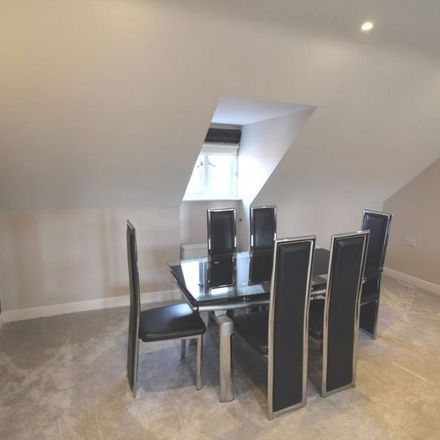 Rent this 3 bed apartment on Eastgate in Macclesfield SK10 1GD, United Kingdom