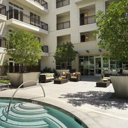 Rent this 1 bed apartment on 366 South Fuller Avenue in Los Angeles, CA 90036