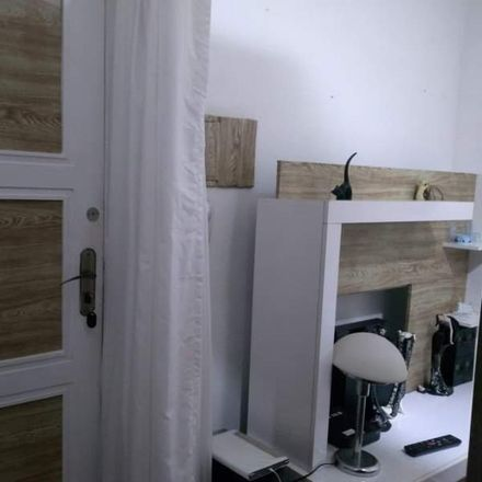 Rent this 1 bed room on Rua Rego Freitas in Vila Buarque, São Paulo - SP