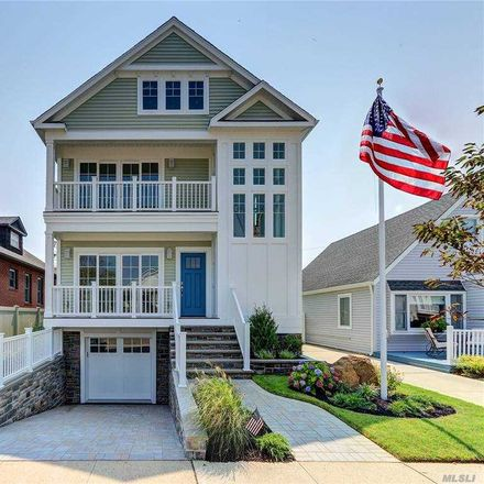 Rent this 4 bed house on 538 West Walnut Street in Long Beach, NY 11561