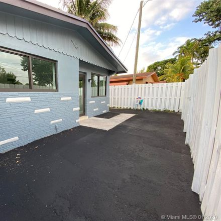Rent this 2 bed duplex on 1700 North Dixie Highway in Fort Lauderdale, FL 33305