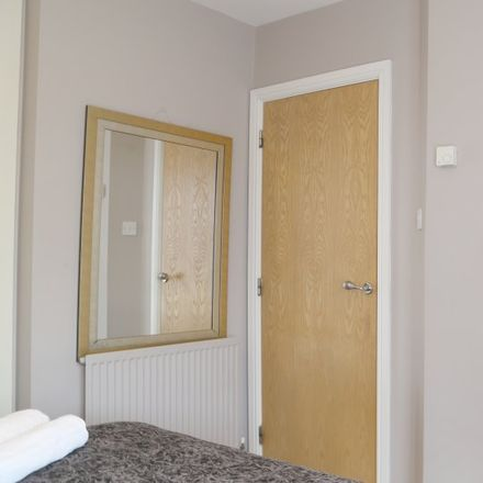 Rent this 3 bed apartment on Grianan Fidh in Woodside, Dublin 18