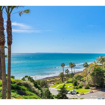 Rent this 3 bed condo on 412 Arenoso Lane in San Clemente, CA 92672