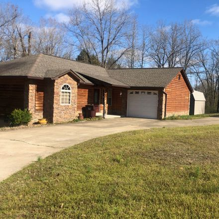 Rent this 2 bed house on Springview Rd in Pocahontas, AR