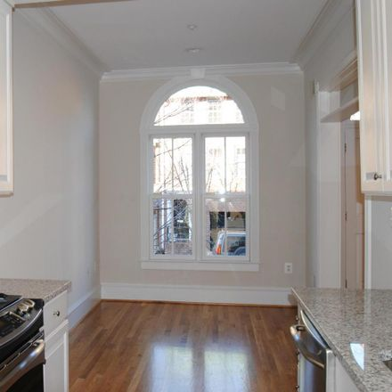 Rent this 3 bed townhouse on 110 Queen Street in Alexandria, VA 22314