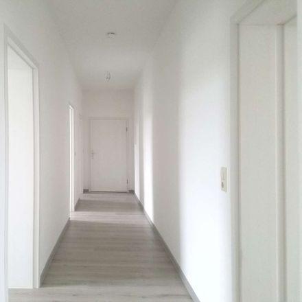 Rent this 3 bed apartment on Pension Dessauer Hof in Paracelsusstraße 9, 06114 Halle (Saale)