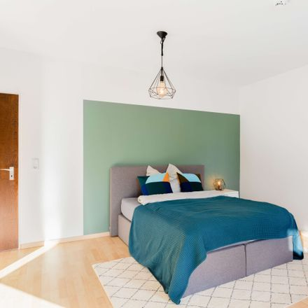 Rent this 1 bed apartment on Rennebergstraße 3 in 50939 Cologne, Germany