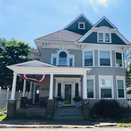 Rent this 4 bed house on Robinson Ave in Carbondale, PA