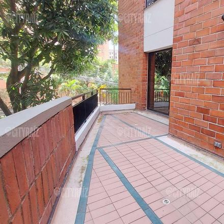 Rent this 3 bed apartment on Calle 41 in Comuna 10 - La Candelaria, Medellín