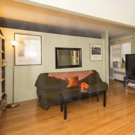 Rent this 1 bed condo on 3840 Greystone Avenue in New York, NY 10463