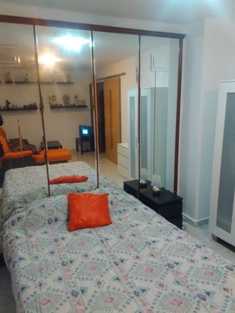 Rent this 2 bed room on Calle Jorge Jordana in 36, 50017 Zaragoza