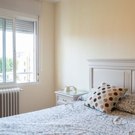 Rent this 3 bed apartment on Calle de Agustín de Iturbide in 28001 Madrid, Spain
