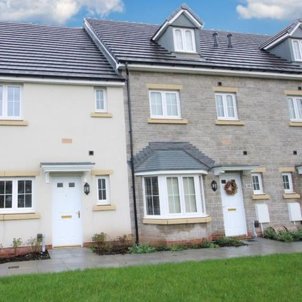 Rent this 3 bed house on unnamed road in Hawthorn CF37 5BN, United Kingdom